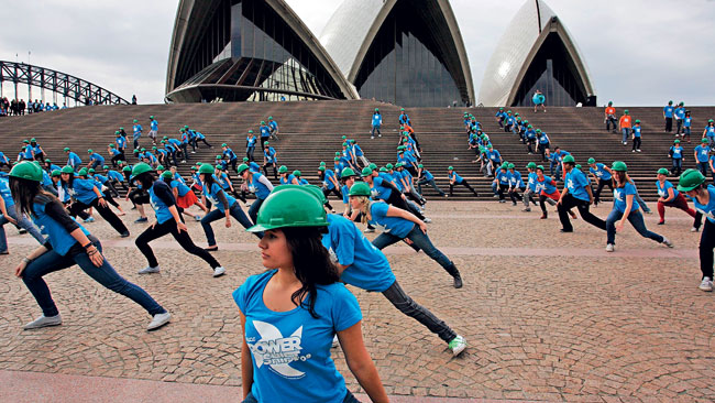 Uptown Funk Sydney Flash Mob has 2 Million Views Connecting People