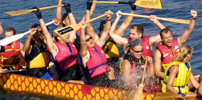 Dragon Boating Racing Events for Sydney or Sunshine Coast Team Building races for Corporate Groups
