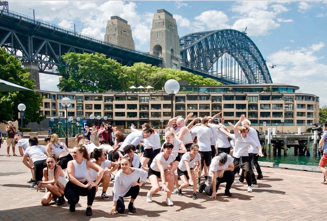 Sydney-Harbour-Bridge- Surprise Flash Mob by Thrill events for branding, messages, activations or participation