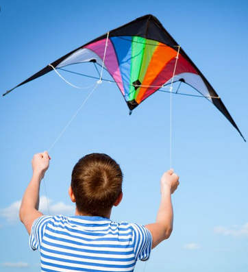 Kite flying and Kite building for teams in Festival Of The Winds by Thrill events
